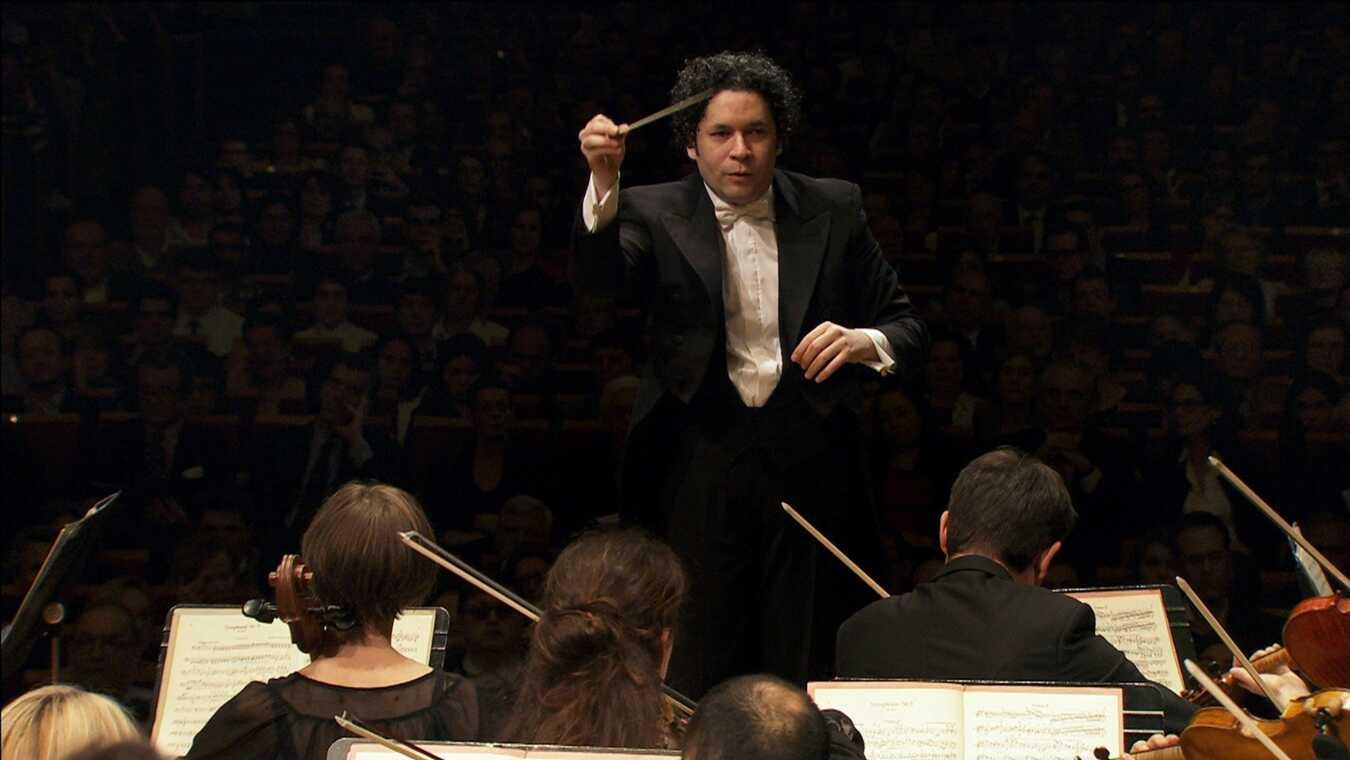Gustavo Dudamel dirige la Symphonie numéro 3 de Brahms
