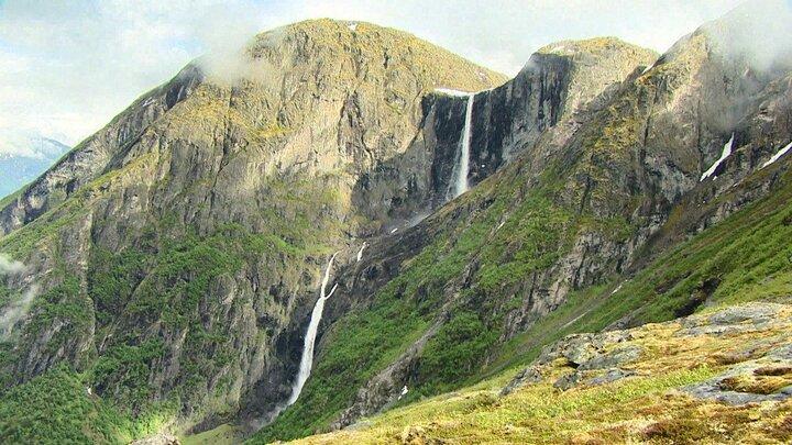 Mardalsfossen - vattenfall två månader om året