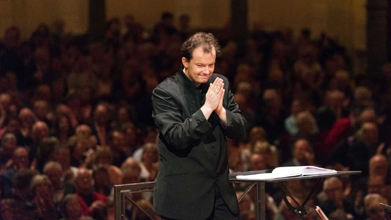 Andris Nelsons Conducts Strauss and Brahms at the Concertgeb