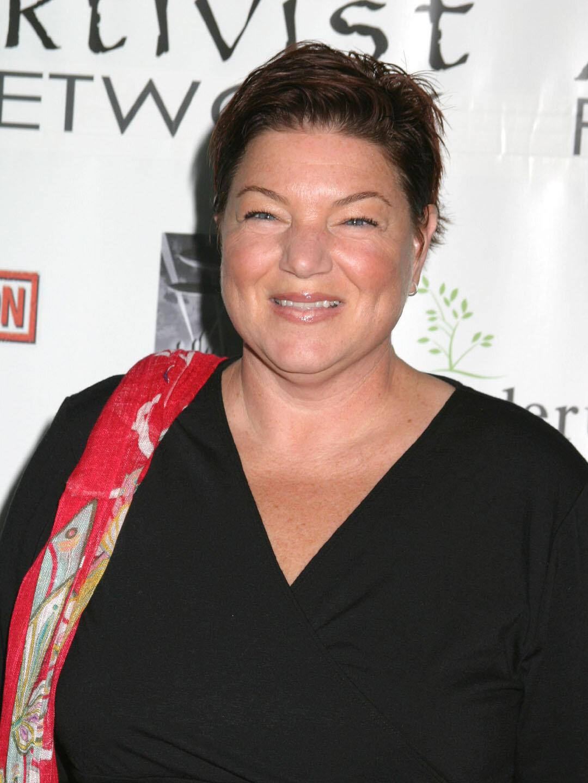 Mindy  Cohn