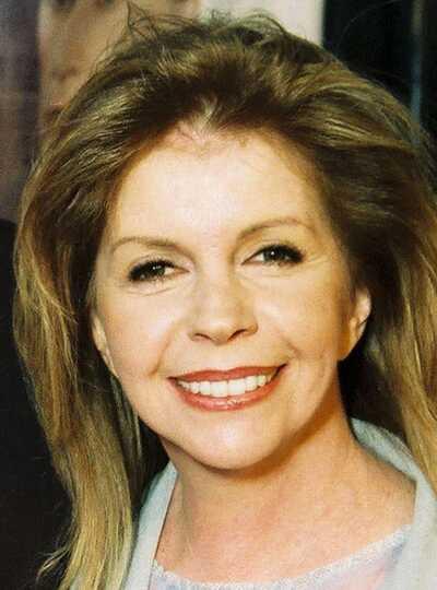 Gloria Carlin