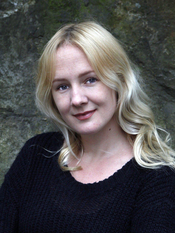 Lina  Thomsgård