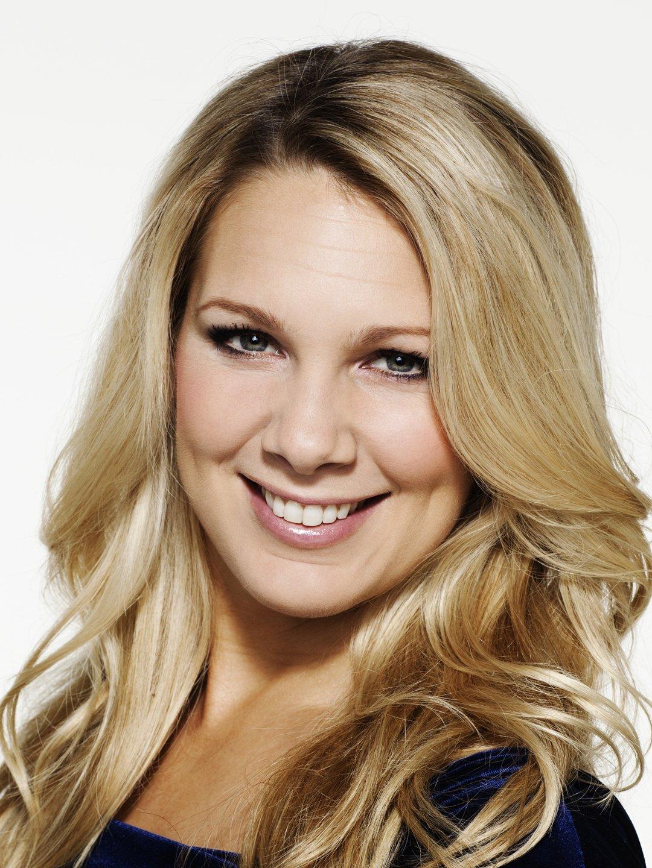 Anna  Brolin